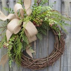 55 Awesome Wreaths to Adorn Your Front Door ...