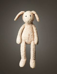 Much Loved – Photos of stuffed animals falling apart