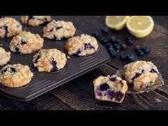These Blueberry Muffins are simply out of this world. Soft and fluffy, bursting with flavor, with a delicious crispy buttery topping, it's hard not to fall i. Keto Blueberry Muffins, Lemon Muffins, Blue Berry Muffins, Keto Recipes, Cooking Recipes, Delicious Recipes, Cake Recipes, Double Chocolate Muffins, Peach Crumble