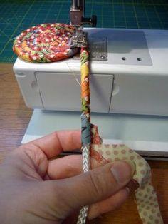 Recycle fabric leftovers to make coils - Recycler ses chuttes de tissus pour fabriquer des paniers, bols, ou des sacs ...