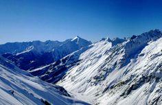 Les massifs montagneux de Vallouise #ski Alpes du Sud Destinations, Mount Everest, Skiing, Mountains, Nature, Travel, Dance Floors, Landscape, Ski