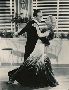 ★Fred Astaire and Ginger Rogers the dancing duo of old Hollywood