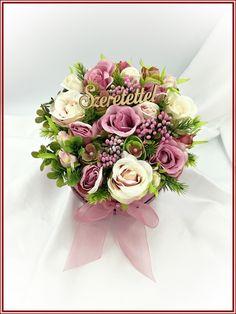 Vintage-virágdoboz mályvás-ekrüs rózsákkal 113007. | Tika-Virág Floral Wreath, Wreaths, Vintage, Decor, Floral Crown, Decoration, Door Wreaths, Deco Mesh Wreaths, Vintage Comics