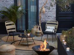New la redoute interiors furniture.d garden furniture. Small Courtyard Gardens, Small Courtyards, Terrace Garden, Outdoor Gardens, House Gardens, Small Garden Design, Small Space Gardening, Outdoor Fire, Outdoor Living
