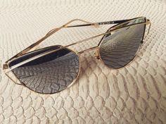 Chic Mirror Sunglasses #SommerShop Marbella www.tenesommer.com
