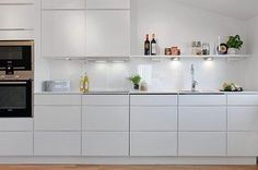 IKEA all-white kitchen Open Plan Kitchen Living Room, New Kitchen, Kitchen Dining, Kitchen Decor, Kitchen Cabinets, White Ikea Kitchen, Hacks Ikea, Kitchenette, Kitchen Interior