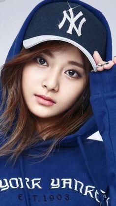 Japanese Beauty, Asian Beauty, Kpop Girl Groups, Kpop Girls, Beautiful Asian Girls, Beautiful Women, Pokemon Lugia, Cute Anime Girl Wallpaper, Baseball Girls