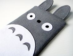 Handmade Totoro iPad Mini case - tell us you don't want this in your bag immediately.