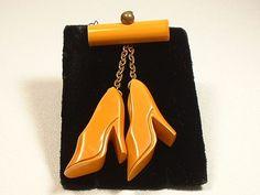 BAKELITE Hi-Heels Shoes Dangling Pin