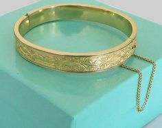Krementz Gold Bangle Bracelet, Rosy Floral Pattern Gold Overlay, Vintage Hinged Bangle with Safety Chain, Excellent! Gold Bangle Bracelet, Gold Bangles, Gold Jewelry, Vintage Jewelry, Jewelry Bracelets, Jewellery, Art Nouveau, Summer Jewelry, Jewelry Design