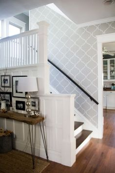 Wallpaper Accent Wall - Stenciled Stairwell, Modern Stenciled Entryway, Modern Entry with Wallpaper, Mod. - Wildas Wallpaper World Wallpaper Staircase, Hall Wallpaper, Wallpaper For Hallways, Accent Wallpaper, Wallpaper Decor, Modern Wallpaper, Stairwell Wall, Entryway Stairs, Stairway Walls