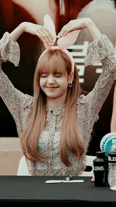 Blackpink Lisa, Jennie Lisa, J Pop, Dance Music, Lisa Blackpink Wallpaper, Yandere Anime, Black Pink Kpop, Blackpink Memes, Blackpink Photos