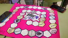 Laboratorio de juegos de mesa feministas #FemLab por María Rubio – Organización Ludosofía Toys, Mexican Embroidery, Board Games, Lab, Blond, Mesas, Activity Toys, Clearance Toys, Gaming