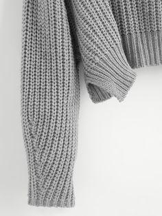 Модный вязаный джемпер