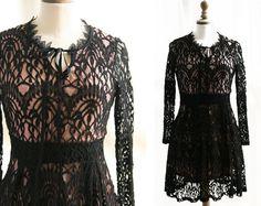 Petite robe noire vintagemanches longues par SergineBroallier