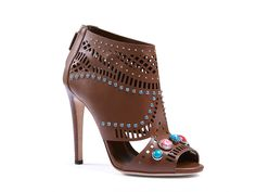 Gucci Lika laser-cut nut brown leather ankle boot - Italian Boutique €665