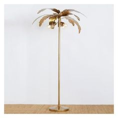 PB Teen The Emily & Meritt Palm Floor Lamp, Gold (1.180 BRL) ❤ liked on Polyvore featuring home, lighting, floor lamps, gold lighting, gold lamp, tropical lighting, gold light and gold floor lamp