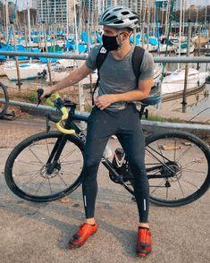 "694 Me gusta, 4 comentarios - Bruno (@b.giambe) en Instagram: ""🚴🏻♂️⚡️ #cycling #gravelbike #olivos"""