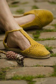 DIY: crochet espadrilles