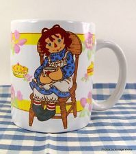 Collectible RAGGEDY ANN and ANDY Coffee Tea Cup Mug Russ Berrie