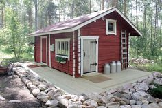 Red Cottage, Cottage Homes, Finnish Sauna, Sauna Room, Victorian Farmhouse, Cottage Exterior, Scandinavian Home, Log Homes, Shed