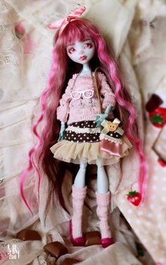 OOAK Strawberry chocolate Lagoona Blue by SmileCustomCreations
