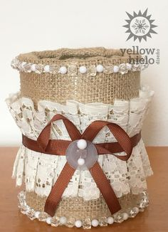 Latas decoradas IDEAS, DIY, shabby chic, vintage, reciclar, centro de mesa, boda, yute Nifty Crafts, Tin Can Crafts, Jar Crafts, Cute Crafts, Diy And Crafts, Recycle Cans, Diy Cans, Diy Bottle, Bottle Crafts