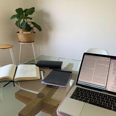 Study Board, Study Desk, Study Space, Studyblr Notes, Study Room Decor, Study Organization, La Formation, School Notes, College Notes