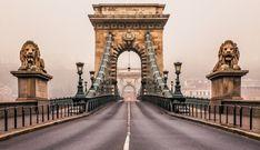 Мост Сечени или Будапештский цепной мост — подвесной мост через реку Дунай, соединяющий две исторических части Будапешта — Буду и Пешт.Мост был открыт в 1849 году, став первым постоянным мостом через Дунай.