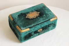 Beautiful Rare French Antique Blue Velvet Sewing by EpoqueVintage, €98.00