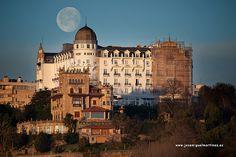 Hotel real y luna llena