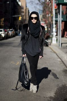 Nikki Moose on NY streets. 2012 > Top: Monkey Fur, Rick Owens, Vintage Bottom: Black Jeans Shoes: Giuseppe Zanotti Bag: Ann Demeulemeester Beanie: Rick Owens Jewelry: Aoi Kotsuhiroi, Shaun Leane Sunglasses: House of Harlow