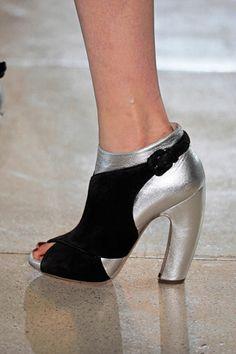 fall 2011 ready-to-wear  Miu Miu  (Peep Toe Heels)