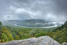 Snoopers Rock overlook, Tennessee River, Prentice Cooper SF, Marion County, Tennessee 1 | Photo by Chuck Sutherland