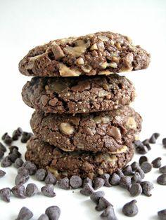 Soft Chocolate Toffee Cookies Cookie Desserts, Just Desserts, Cookie Recipes, Delicious Desserts, Dessert Recipes, Yummy Food, Awesome Desserts, Baking Cookies, Cookie Ideas