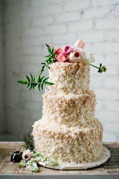 Budding wedding cake #wedding #inspiration #weddinginspiration #love #style #weddingcake #cake