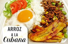 """Een Caribische klassieker, namelijk """"arroz a la Cubana"""". Met Cubaanse roots kun je eigenlijk niet fout gaan. Deze maaltijd bestaat uit gebakken rijst met groenten, bakbananen en een sp…"""