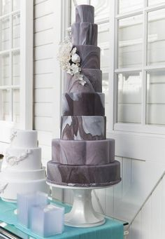 Gray and White Marble-Patterned Wedding Cake | https://www.theknot.com/content/bright-summer-wedding-details
