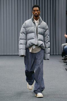 Balenciaga | Menswear - Autumn 2017 | Look 17