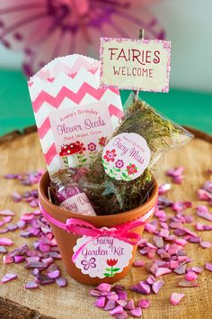 How to make a Fairy Garden Kit - perfect for Butterfly Party Favors!! www.evermine.com/blog/fairy-garden-kit-favors/