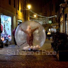 Sia Natale di Pace per tutti!