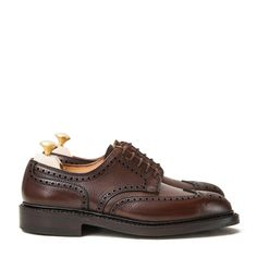 crockett and jones pembroke dark brown full grain - Sök på Google Men's Shoes, Shoes Sneakers, Dress Shoes, Crockett And Jones, We Wear, How To Wear, Storage Facility, Men's Footwear, Brogues