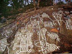 Las zonas dentro y alrededor del Parque Nacional San Esteban tienen una larga historia de presencia humana. Durante la época de la colonia, existía gran actividad comercial en el puerto que en 1732 dio origen a la ciudad de Puerto Cabello. Sin embargo desde mucho antes ya existía presencia humana en la región, y prueba de ello son los petroglifos y menhires que se encuentran en diferentes sectores del parque y que tienen por lo menos 1.800 años de antigüedad.