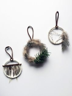 These Christmas wreathes are speaking to me.