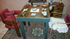 Mesa feita com cama quebrada. http://oficinadoquintal.blogspot.com.br/2014/07/como-fazer-uma-mesa-de-bar.html