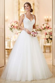 2019 New Arrival Spaghetti Straps Wedding Dresses Sheath Lace & Tulle With Applique Court Train Detachable € - FickeAbendKleider.de - 2019 New Arrival Spaghetti Straps Wedding Dresses Sheath Lace & Tulle With Applique Court Train Detachable Pretty Wedding Dresses, Wedding Dresses With Straps, Wedding Dresses 2018, Princess Wedding Dresses, Designer Wedding Dresses, Bridal Dresses, Flower Girl Dresses, Maxi Dresses, Elegant Dresses