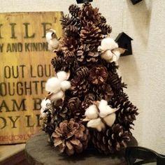 子どもと拾った松ぼっくりでツリー作り [暮らしニスタ] 暮らしのアイデアがいっぱい♪