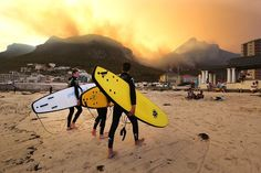Cape Town named second best beach city in the world by National Geographic Most Beautiful Cities, Beautiful Places To Visit, Oh The Places You'll Go, Cape Town Holidays, Apartheid Museum, Town Names, Le Cap, Beaches In The World, Second Best