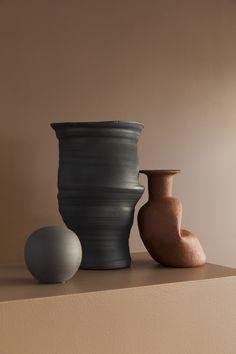 Stylist: Silje Aune Eriksen Photographer: Anne Bråtveit Stylists, Vase, Inspiration, Home Decor, Biblical Inspiration, Decoration Home, Room Decor, Flower Vases, Interior Design