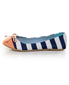 I have a thing for blue and white stripes.  That + peach on the toe = summer shoe perfection.